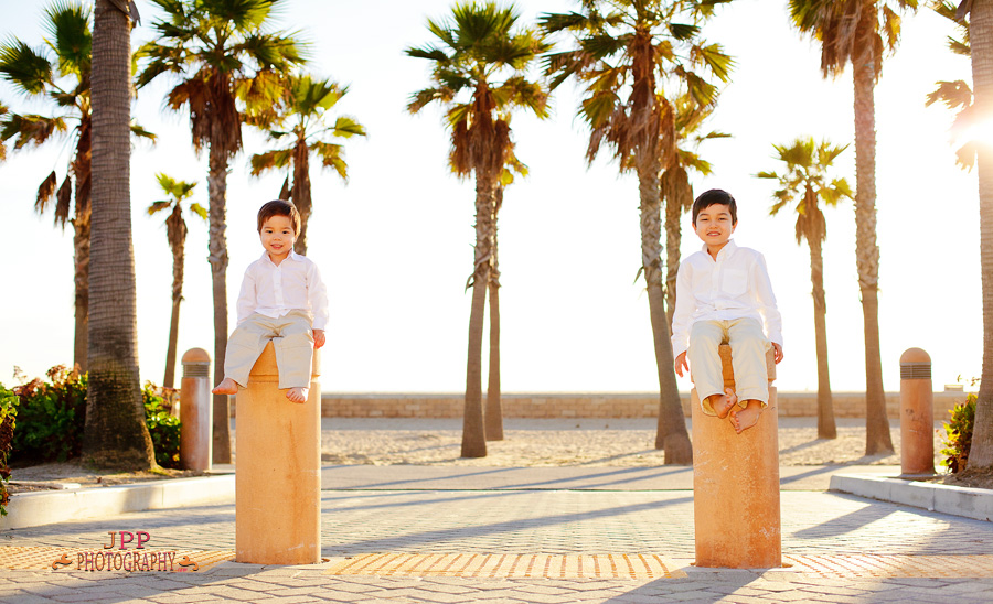 Huntington Beach portrait photo of two brothers